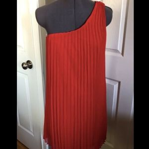 NWT Likely Red Pleated Fenimore 1 Shoulder Dress 4